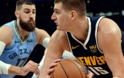 "Jokić na ""meti"" komentatora, Kingsi savladali Boston (VIDEO)"