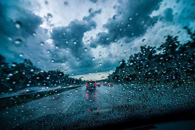 Kolovozi klizavi – vozači oprez