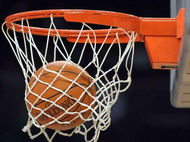 Košarkaši Zvezde večeras protiv Budućnosti
