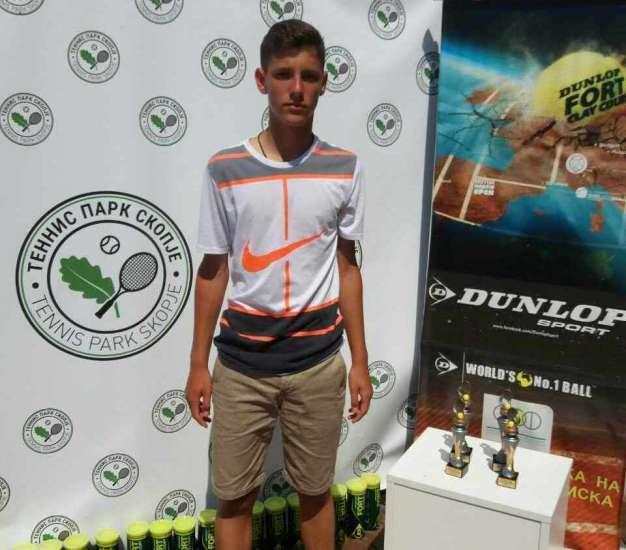 Dražen Petrović, jedan od najboljih mladih tenisera svijeta
