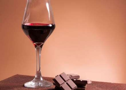 Dovoljne su dvije čaše vina da rasplamsate strasti u krevetu