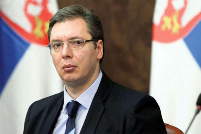 Vučić: Izvlačenje ušiju ne vredi, Srbija ima da se pita