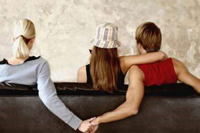 Anketa: Muškarci za svoje nevjerstvo krive partnerke