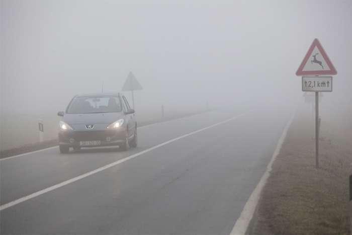 Vozači oprez: Magla i klizavi kolovozi