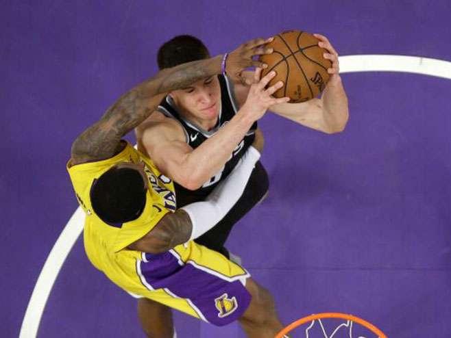 NBA: Bogdanović odličan, Lejkersima derbi Kalifornije