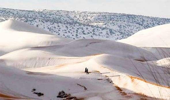 Ekstremni vremenski uslovi: U Sahari palo 40 cm snijega (VIDEO)