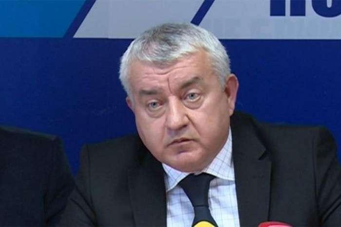 Srpska radikalna stranka podržala Ivanića i Govedaricu