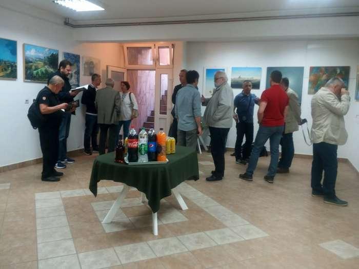 """Prnjavor: Otvorena izložba i promovisana monografija """"Tragom svjetla"""""""