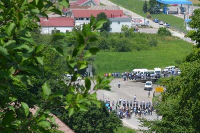 Migranti i dalje na istom mjestu, alternativnim pravcima do GP Maljevac