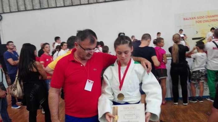 Džudistkinja Darija Stojanović osvojila balkansku medalju (FOTO)