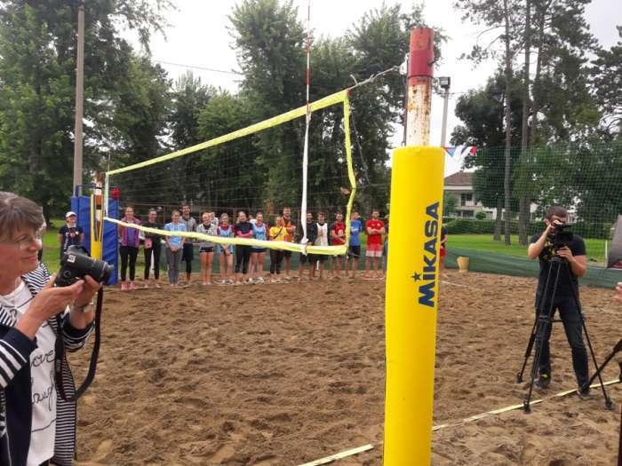 Derventa: Otvoren 19. Međunarodni turnir u odbojci na pijesku (FOTO)