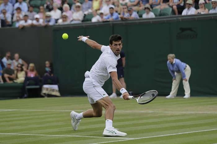 Đoković protiv Kačanova: Novak u borbi za 44 Grend slem četvrtfinale