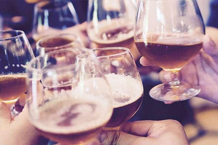 Zašto pijemo alkohol i šta to govori o nama?