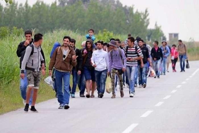 Manje ilegalnih prelaza ka EU, povećan migracioni pritisak prema BiH