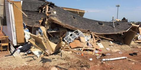 Tornado pogodio kamp, UBIO NOVOROĐENČE i uništio 122 objekta, ljudi se tresli