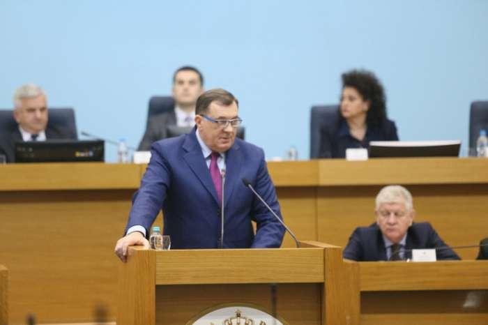 Dodik: Srebrenički zločin dogovorena tragedija, s namjerom satanizacije Srba