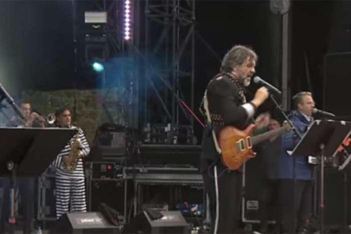 """Kusturica i """"No smoking orkestar """" pred više od 20.000 ljudi"""