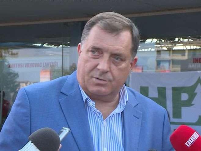 """Dodik: Krajnje nemoralna i """"prljava"""" kampanja Ivanića i Govedarice"""