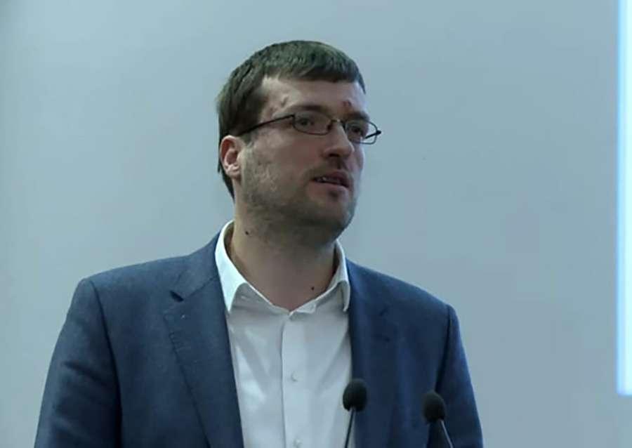 PRIJETNJE SMRĆU VRHU SRBIJE Nogo: Ako u zemlju uđe milion migranata Brnabićevu i Vučića OBJESITI NA TERAZIJAMA (VIDEO)