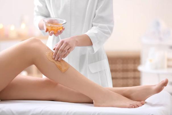 Osam stvari koje trebate znati prije depilacije voskom