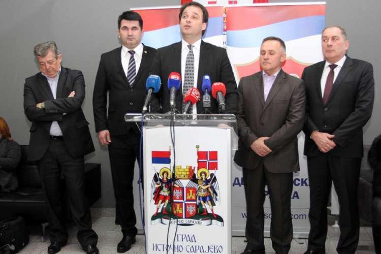 Govedarica saziva sjednicu Predsjedništva stranke: Podjela u SDS-u zbog koalicije sa SNSD-om