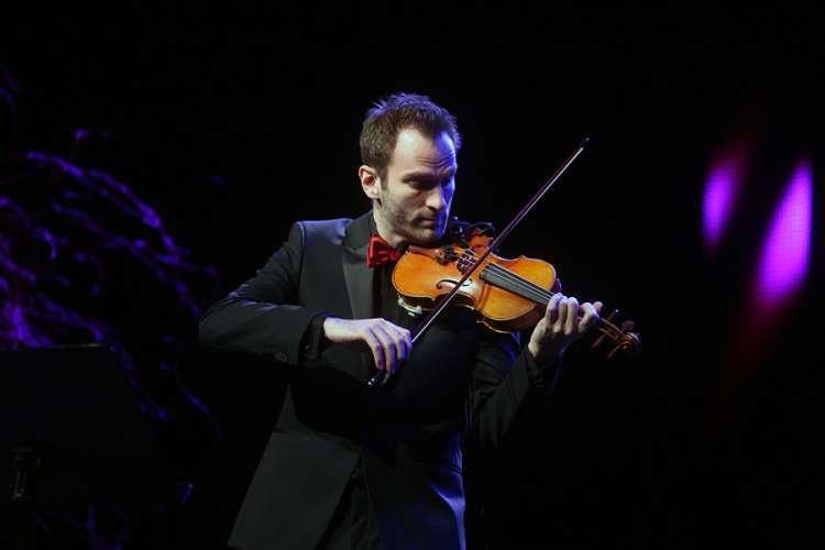 Stefan Milenković: Turneje istovremeno i mrzim i ne mogu bez njih