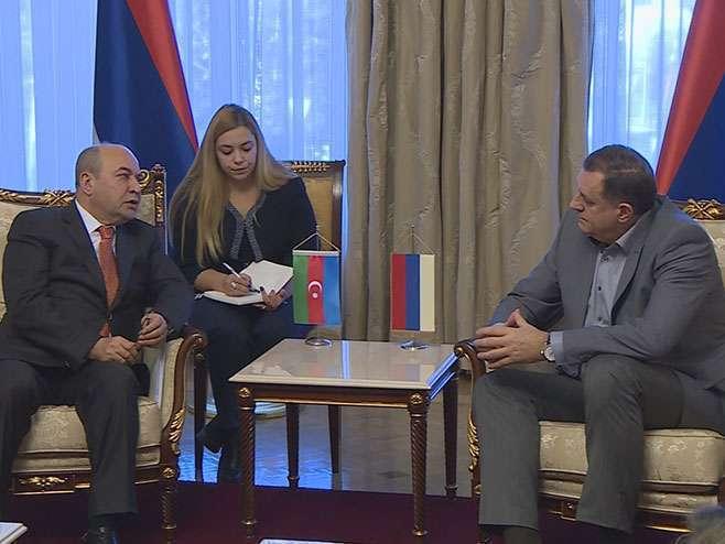 Dodik i Hasanov razgovarali o unapređenju privredne saradnje
