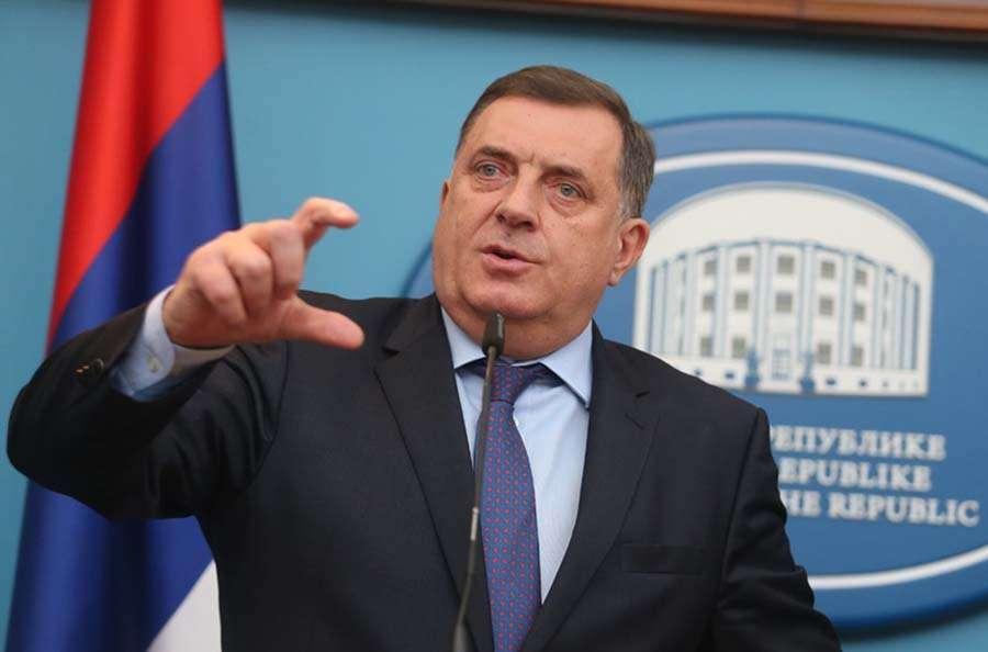 Dodik: Predložićemo izmjene zakona o zastavi