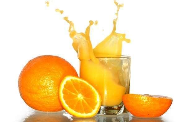 Čaša soka od narandže dnevno protiv demencije