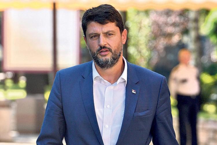 Ambasador Srbije proglašen za personu non grata u Crnoj Gori