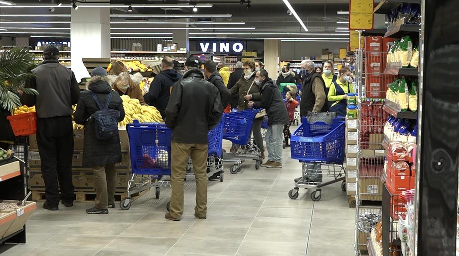 """Laktaši: Otvoren tržni centar """"Fortuna siti"""" u Kašnicama (VIDEO)"""