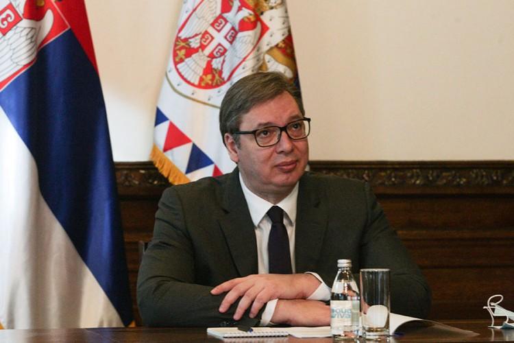 Vučić: Ko misli da odluke mogu da se nameću, ne čini dobro nikome