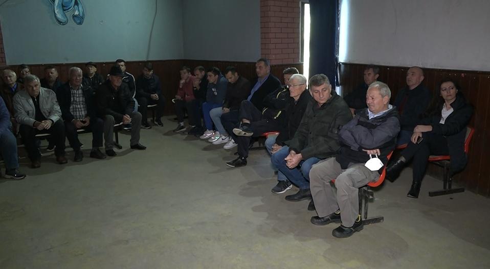Derventa: U MZ Osinja održan sastanak povodom osinjskog vodovoda, problem izgradnje ide na Kolegijum Skupštine grada (FOTO)